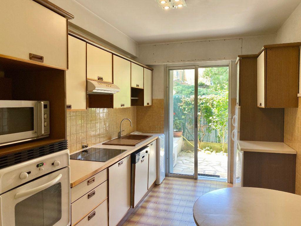 Appartement à louer 4 83.83m2 à Cagnes-sur-Mer vignette-5