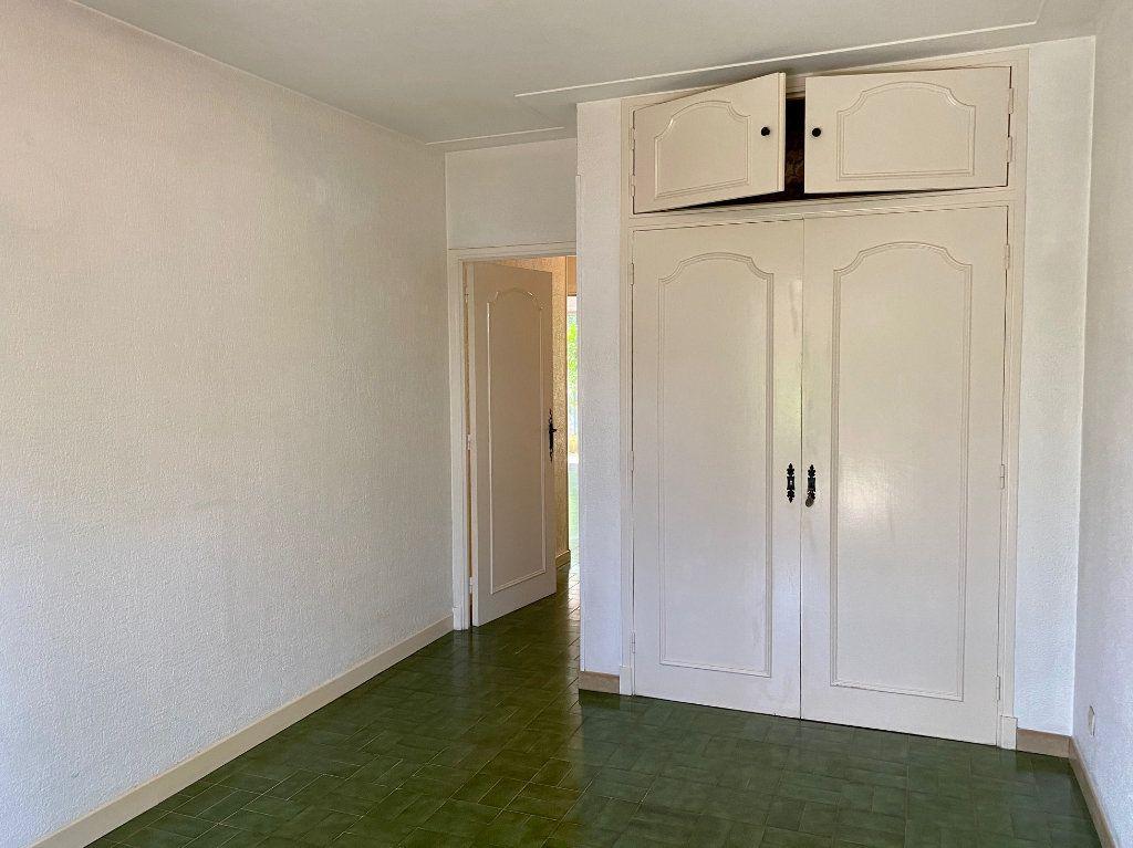 Appartement à louer 4 83.83m2 à Cagnes-sur-Mer vignette-8