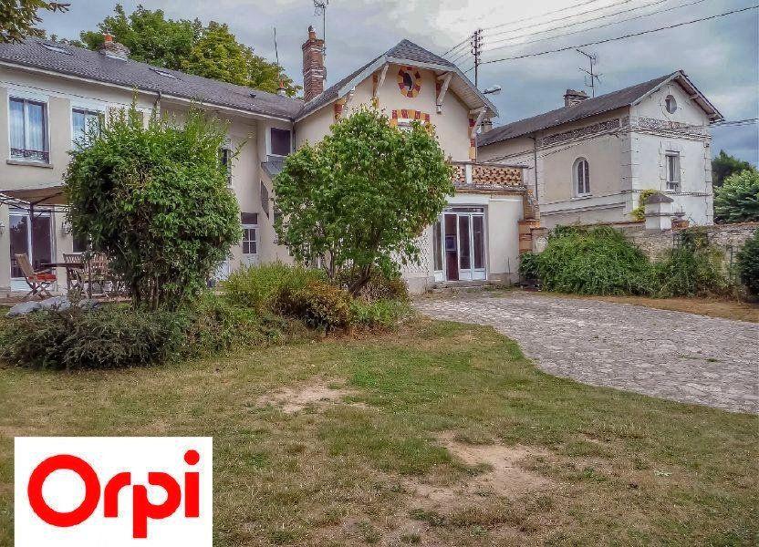 Maison à vendre 6 220m2 à La Ferté-Alais vignette-1