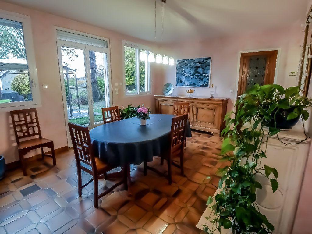 Maison à vendre 6 220m2 à La Ferté-Alais vignette-5