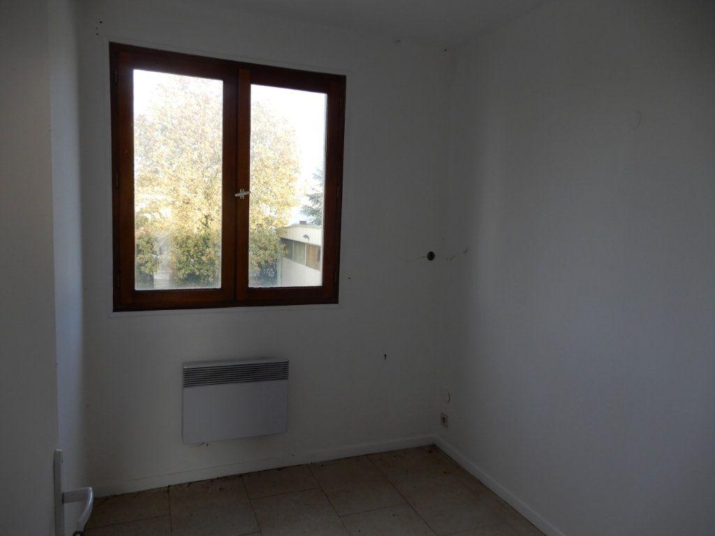 Immeuble à vendre 0 90m2 à Milly-la-Forêt vignette-3