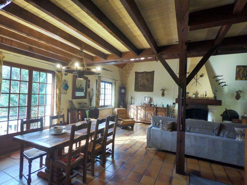 Maison à vendre 5 135m2 à La Ferté-Alais vignette-2