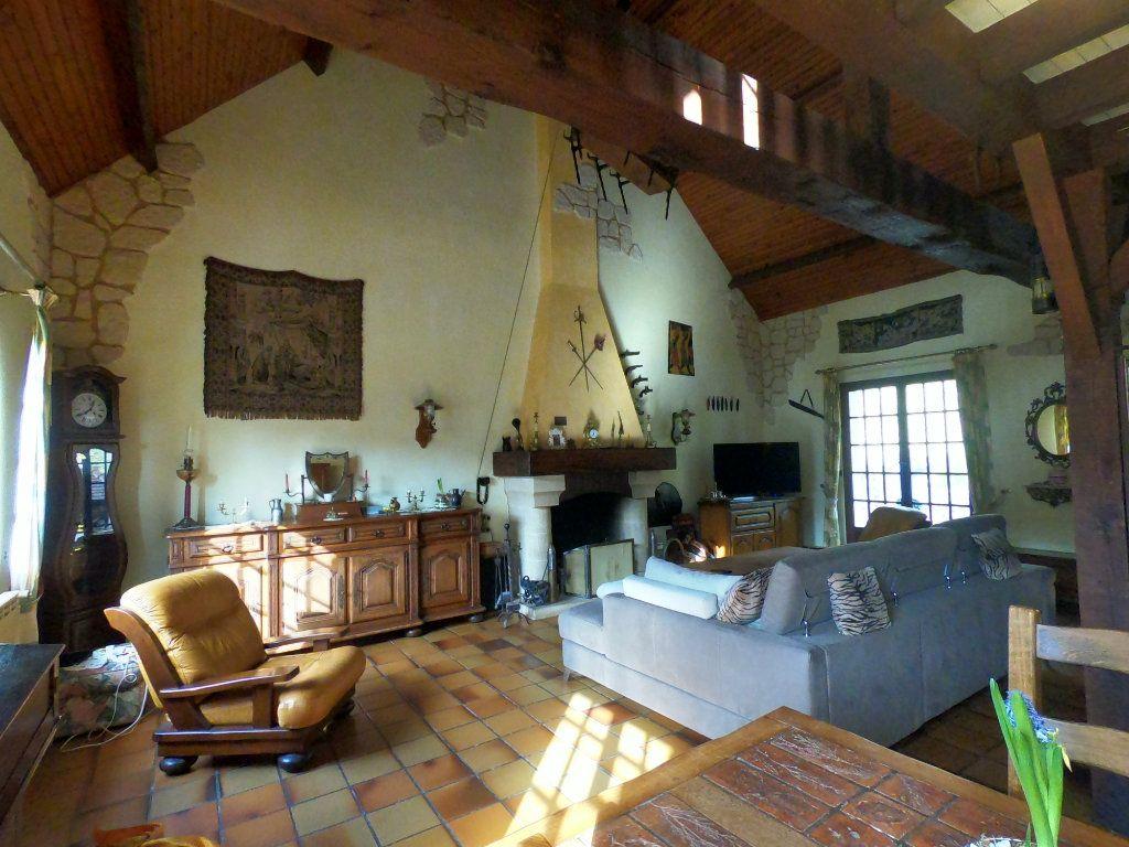 Maison à vendre 5 135m2 à La Ferté-Alais vignette-4