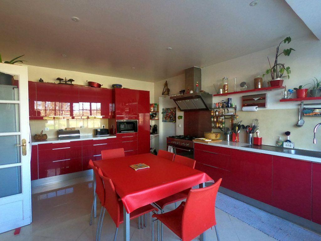 Maison à vendre 9 286.3m2 à La Ferté-Alais vignette-4