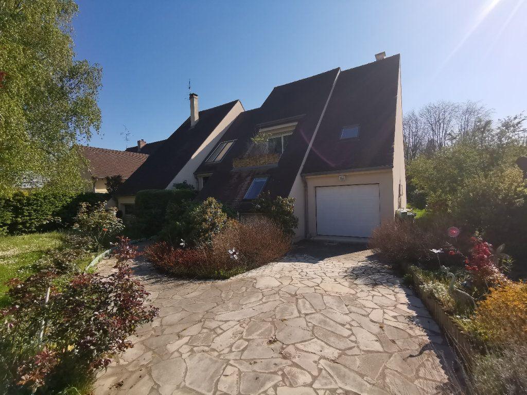 Maison à vendre 5 254m2 à La Ferté-Alais vignette-1