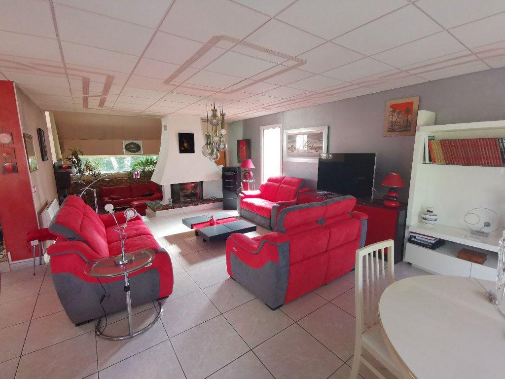 Maison à vendre 5 254m2 à La Ferté-Alais vignette-3