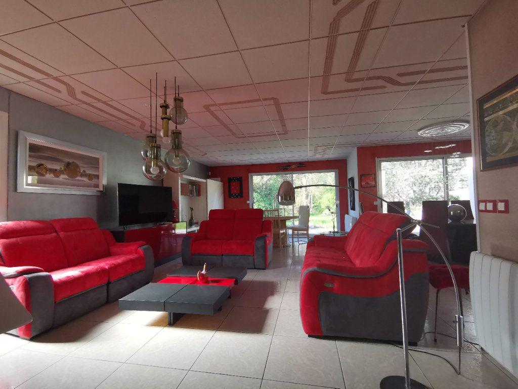 Maison à vendre 5 254m2 à La Ferté-Alais vignette-6