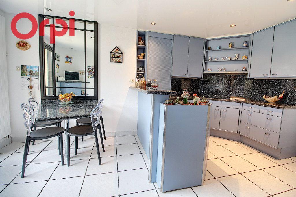 Maison à vendre 6 155m2 à Nantes vignette-2