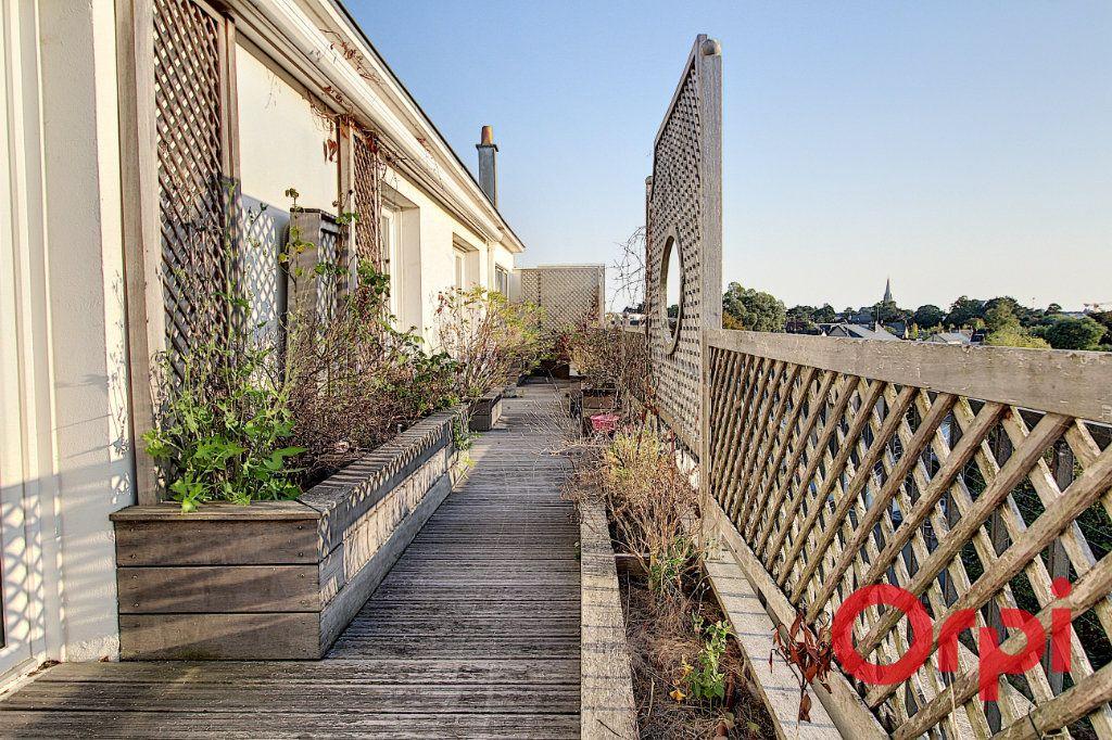 Appartement à vendre 8 177.25m2 à Nantes vignette-1