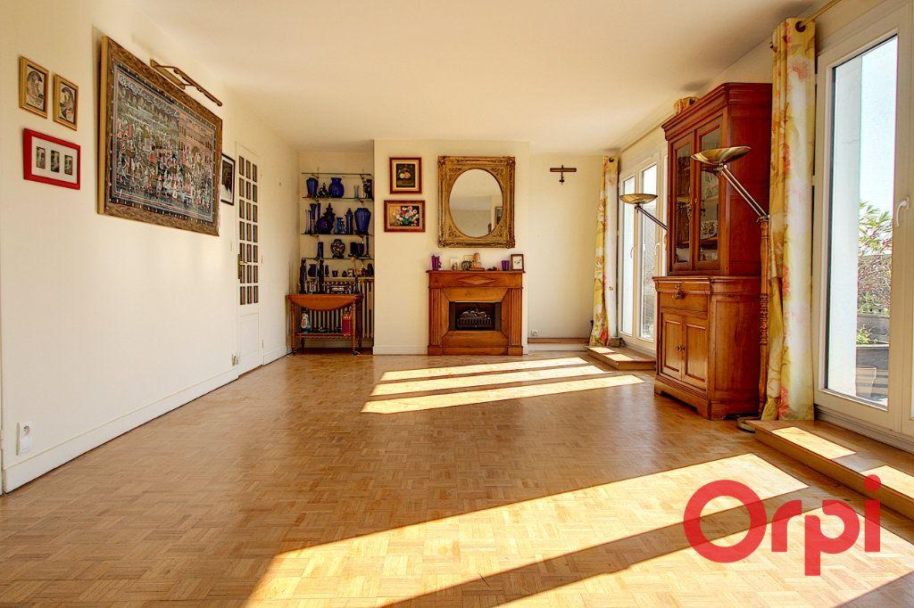 Appartement à vendre 8 177.25m2 à Nantes vignette-2