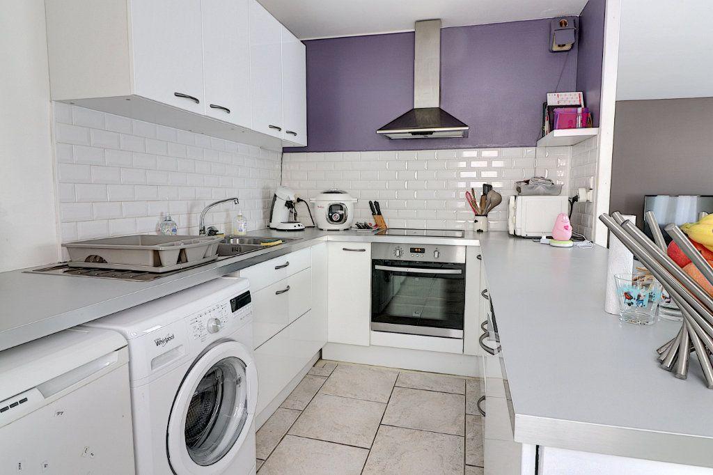 Appartement à vendre 4 77.15m2 à Nantes vignette-3