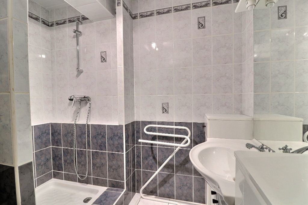 Appartement à vendre 3 61m2 à Nantes vignette-7