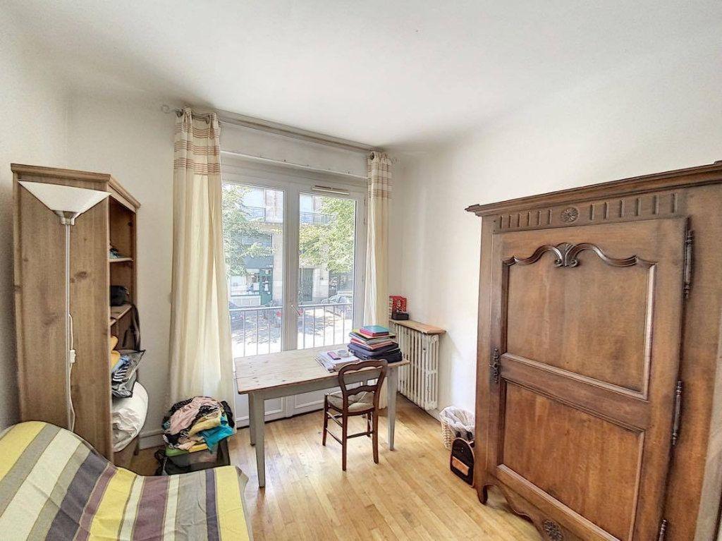 Appartement à vendre 7 120.89m2 à Nantes vignette-7