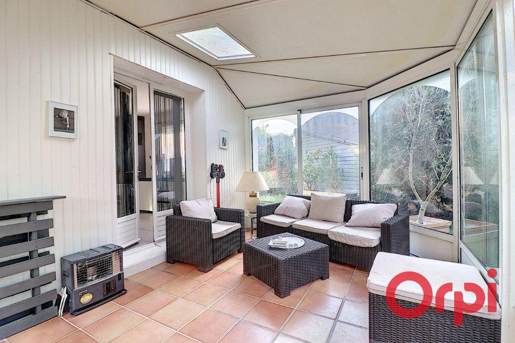 Maison à vendre 4 120m2 à Sainte-Luce-sur-Loire vignette-5