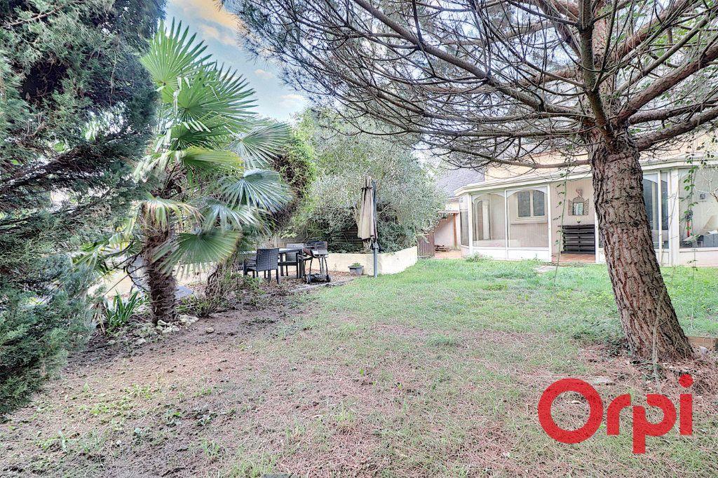 Maison à vendre 4 120m2 à Sainte-Luce-sur-Loire vignette-6