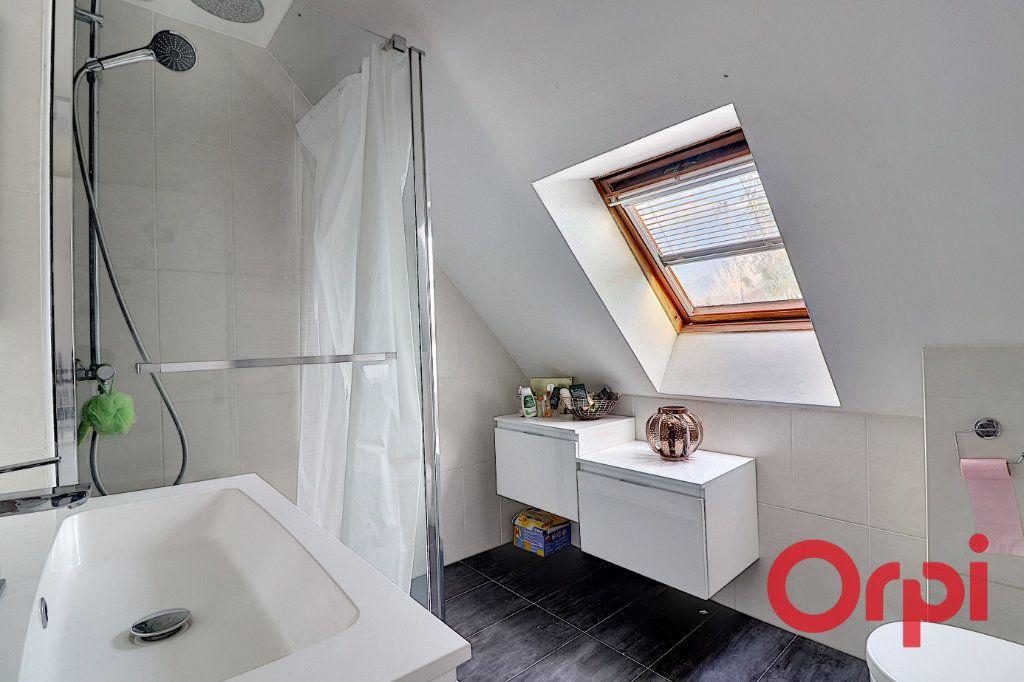 Maison à vendre 4 120m2 à Sainte-Luce-sur-Loire vignette-9