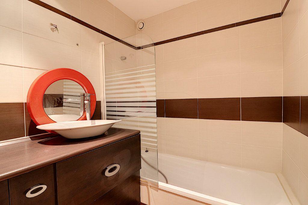 Appartement à vendre 4 81.68m2 à Nantes vignette-9
