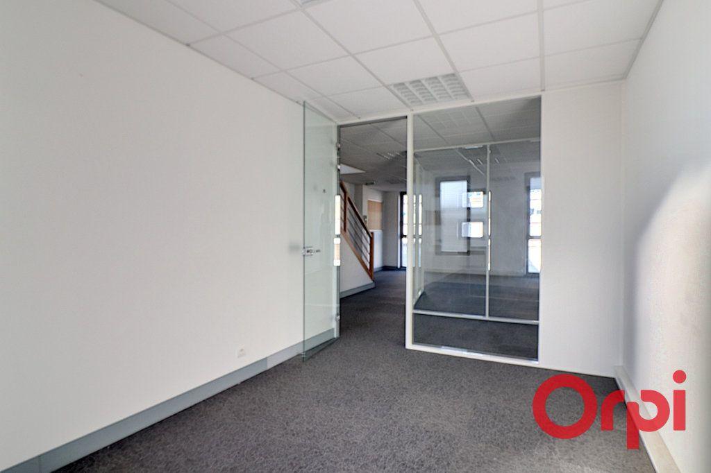 Appartement à vendre 5 150m2 à Nantes vignette-2