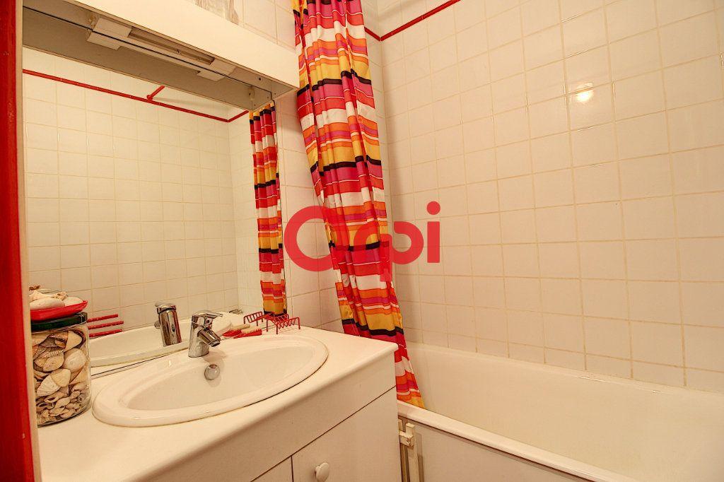 Appartement à vendre 6 158m2 à Nantes vignette-8