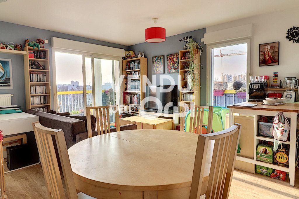 Appartement à vendre 4 78.5m2 à Nantes vignette-4