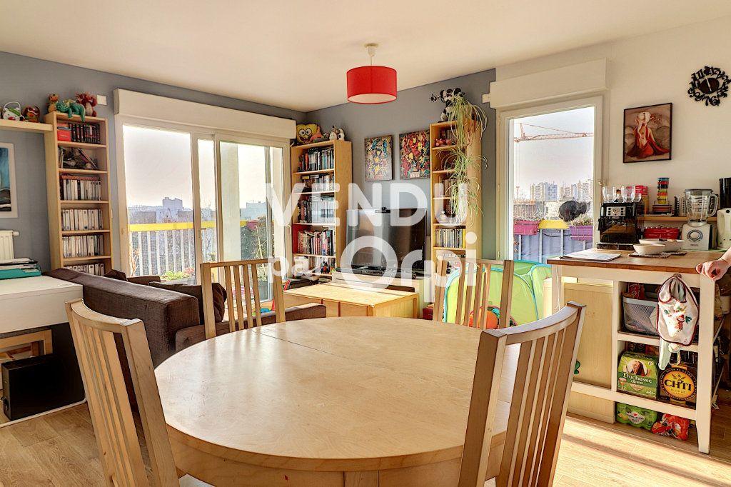 Appartement à vendre 4 78.5m2 à Nantes vignette-9