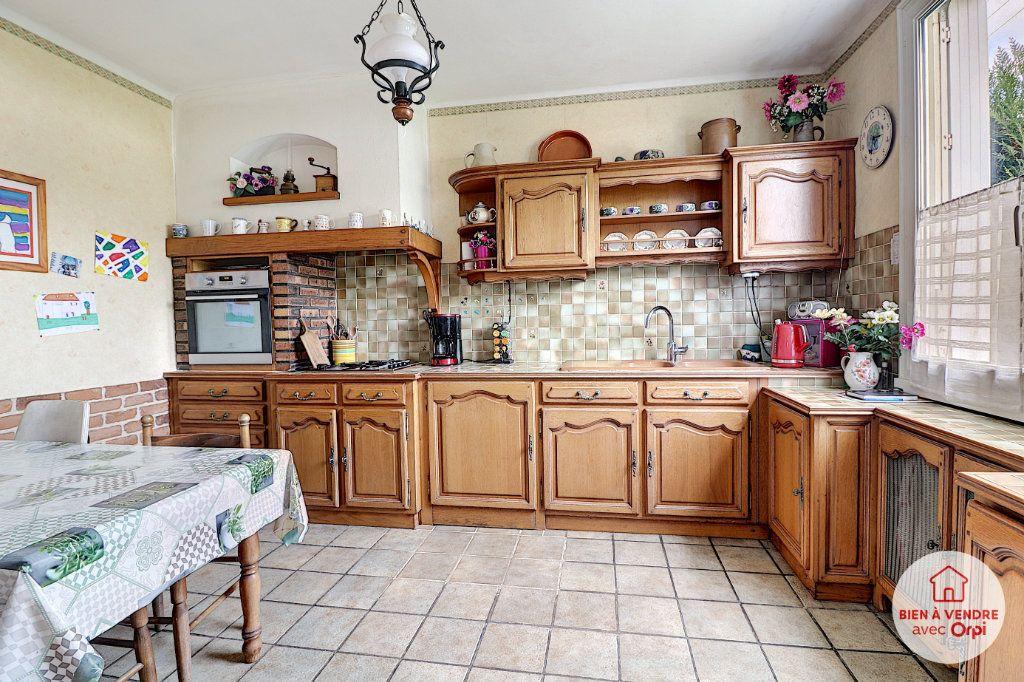 Maison à vendre 7 148.72m2 à Nantes vignette-5