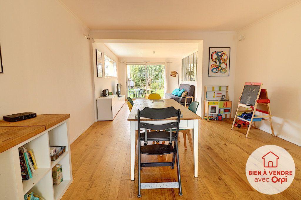 Maison à vendre 5 105m2 à Nantes vignette-3