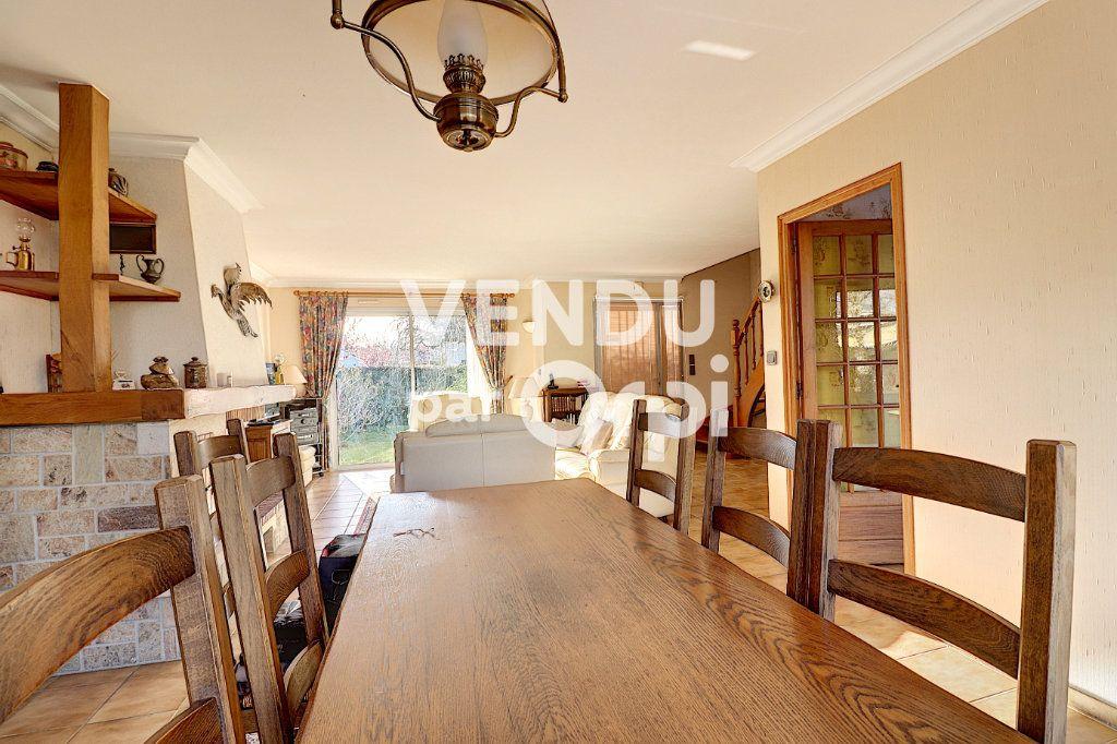 Maison à vendre 6 160m2 à Sainte-Luce-sur-Loire vignette-2