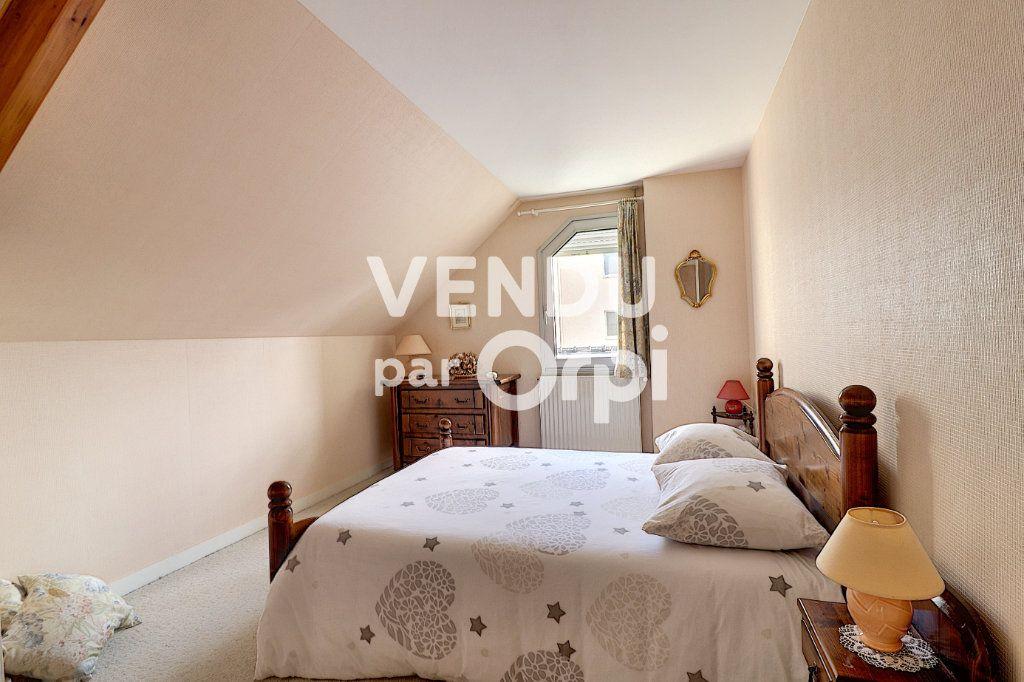 Maison à vendre 6 160m2 à Sainte-Luce-sur-Loire vignette-9