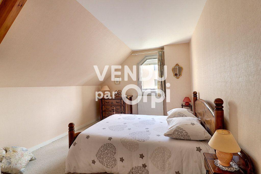 Maison à vendre 6 160m2 à Sainte-Luce-sur-Loire vignette-12
