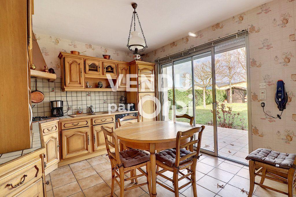 Maison à vendre 6 160m2 à Sainte-Luce-sur-Loire vignette-15