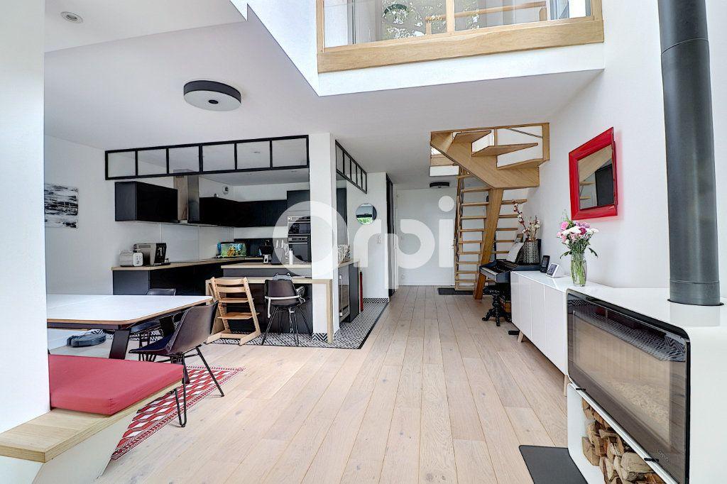 Maison à vendre 5 145.13m2 à Nantes vignette-1
