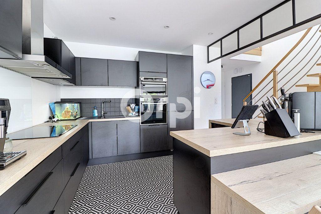 Maison à vendre 5 145.13m2 à Nantes vignette-6