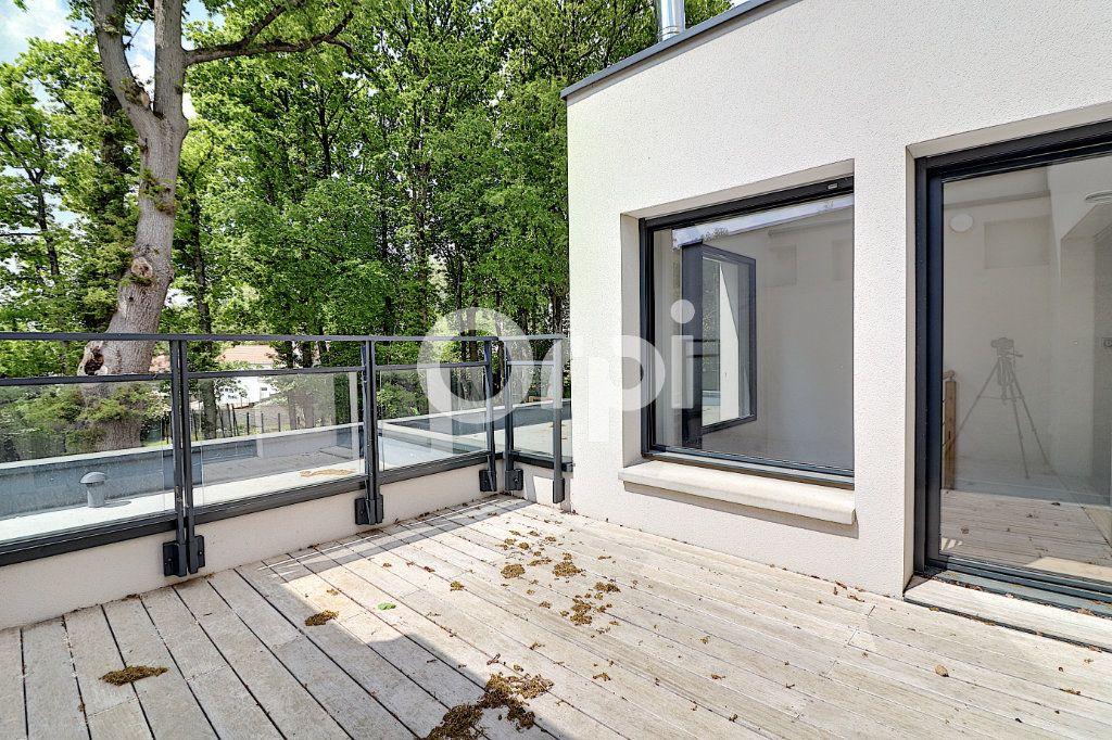 Maison à vendre 5 145.13m2 à Nantes vignette-9