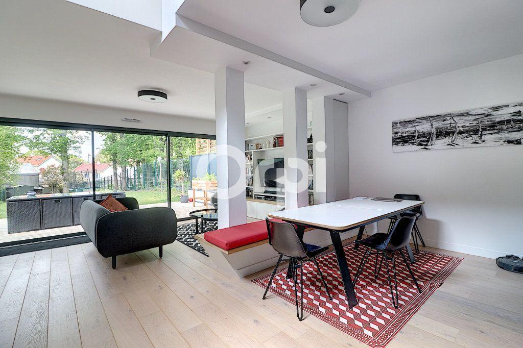 Maison à vendre 5 145.13m2 à Nantes vignette-11