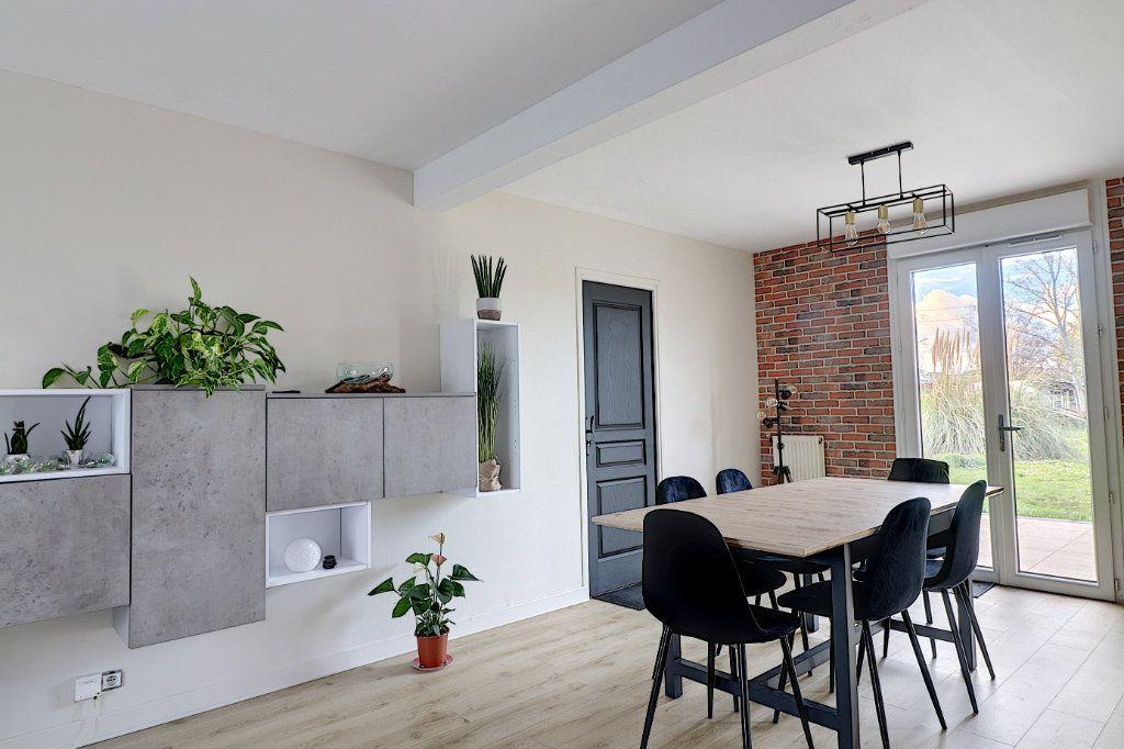 Maison à vendre 5 128m2 à Sainte-Luce-sur-Loire vignette-1