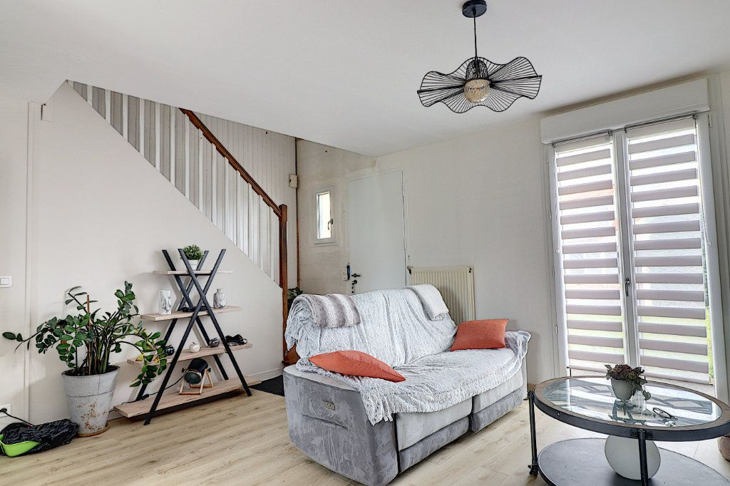 Maison à vendre 5 128m2 à Sainte-Luce-sur-Loire vignette-3