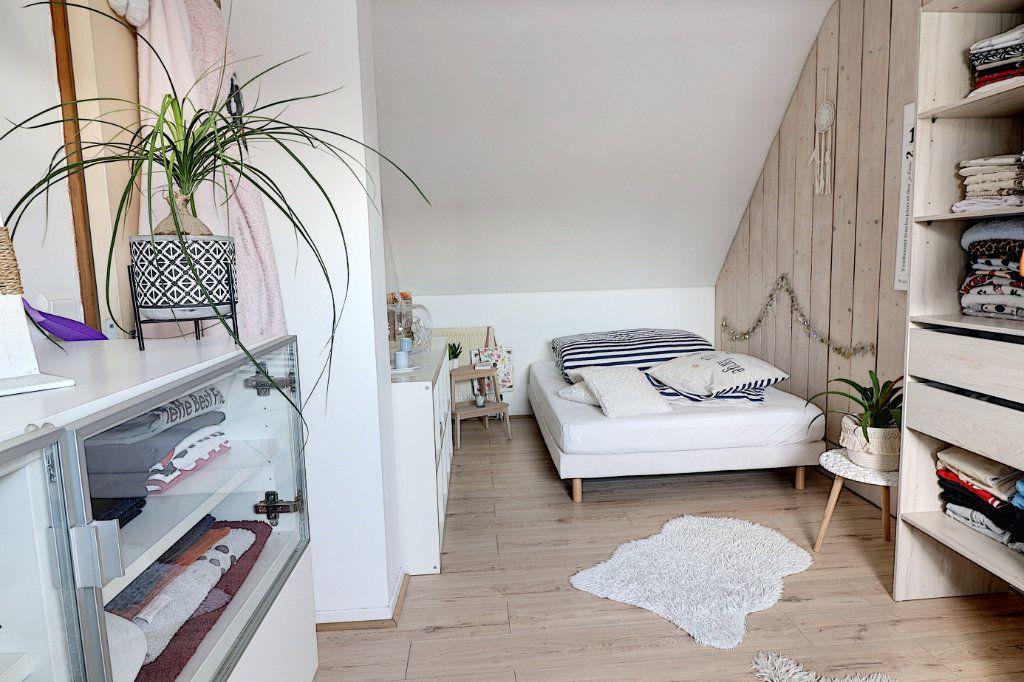 Maison à vendre 5 128m2 à Sainte-Luce-sur-Loire vignette-6
