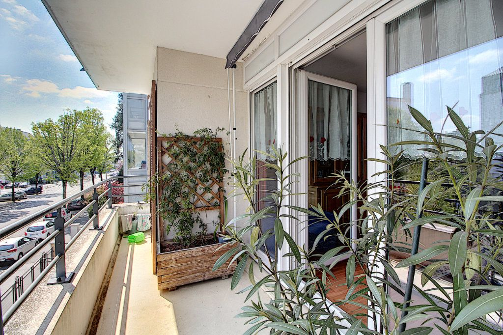 Appartement à vendre 3 70.45m2 à Nantes vignette-2