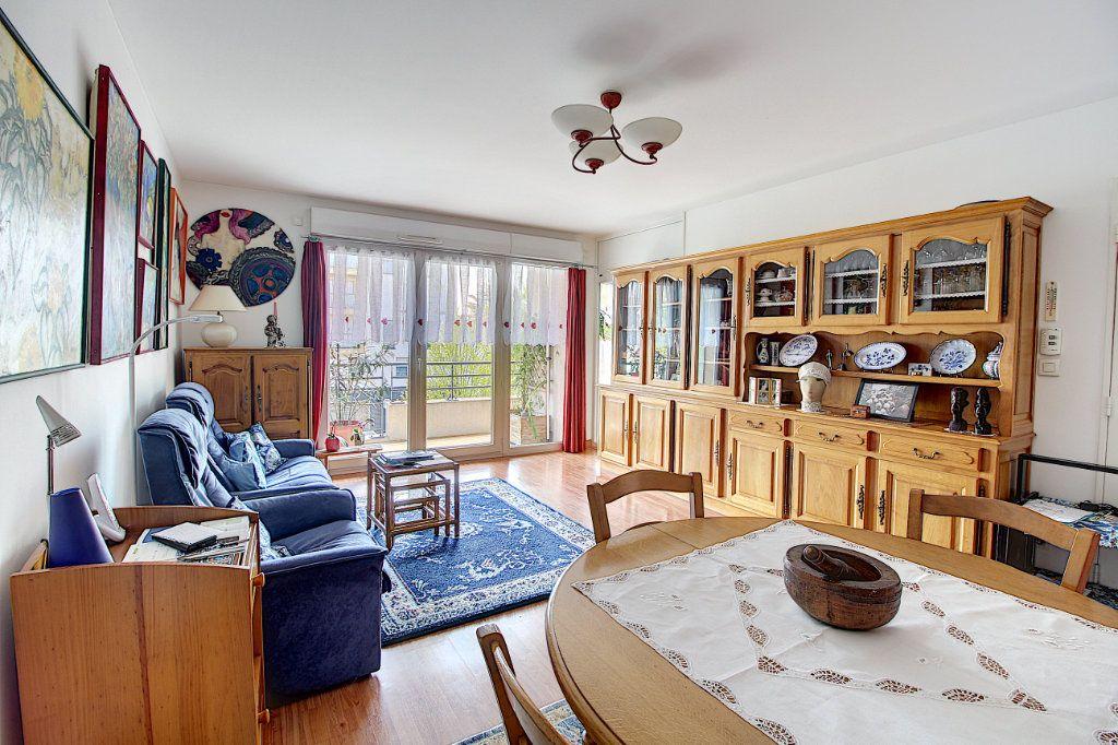 Appartement à vendre 3 70.45m2 à Nantes vignette-10