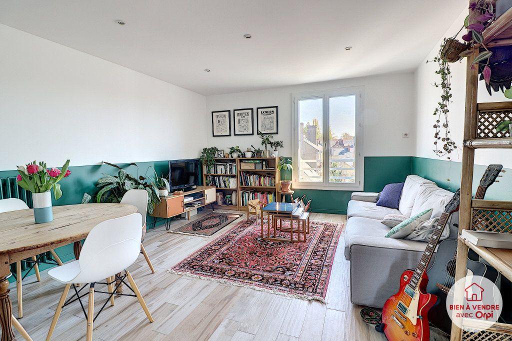 Appartement à vendre 4 65.35m2 à Nantes vignette-1