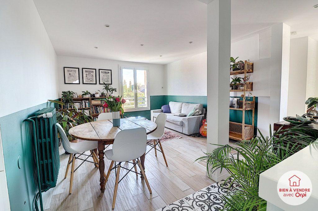Appartement à vendre 4 65.35m2 à Nantes vignette-2
