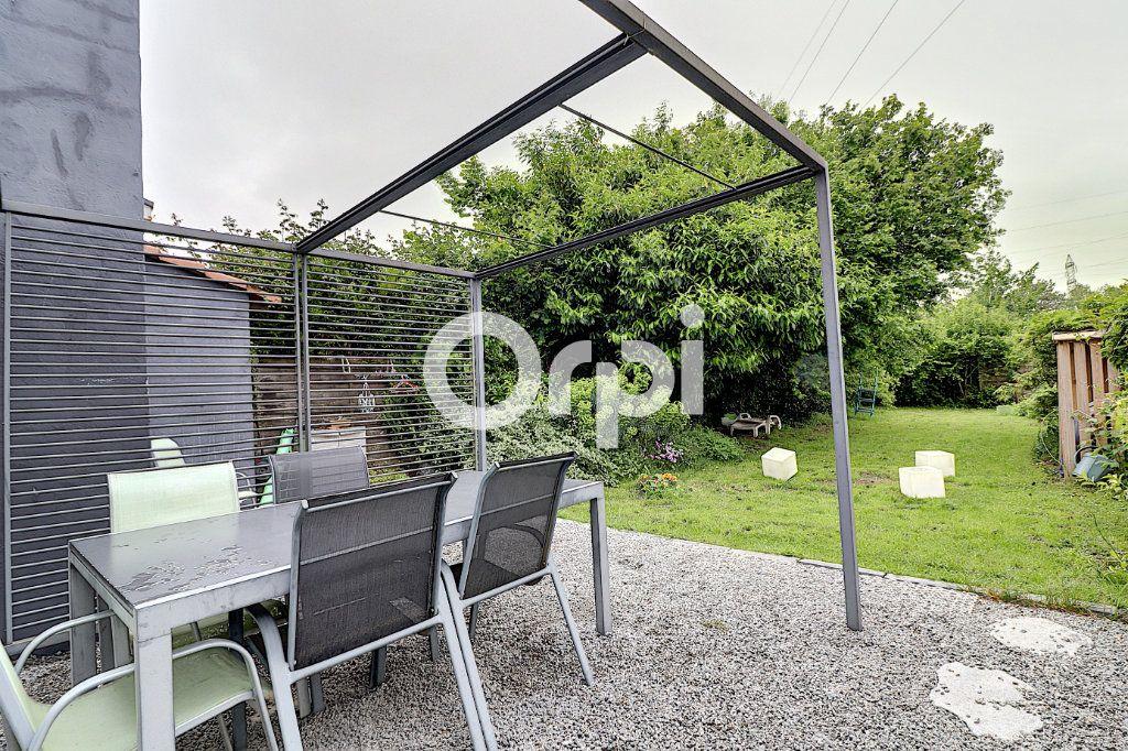 Maison à vendre 8 140m2 à Nantes vignette-1