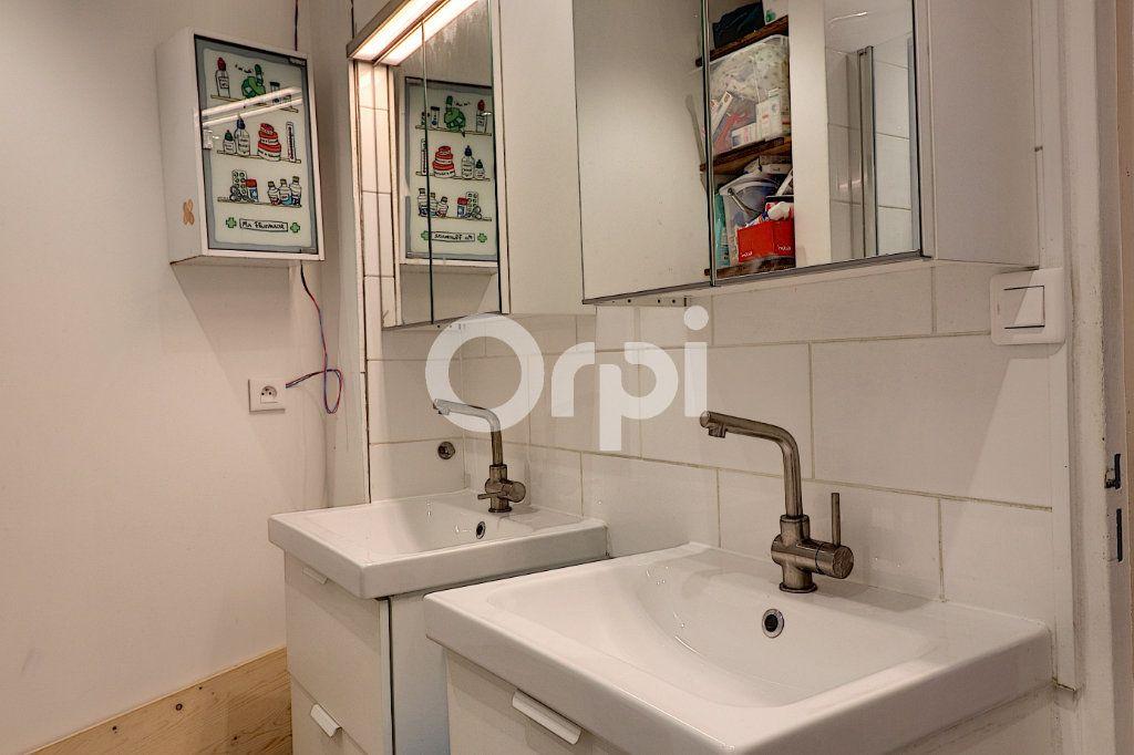 Appartement à vendre 7 147m2 à Nantes vignette-6