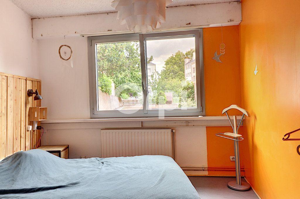 Appartement à vendre 7 147m2 à Nantes vignette-11