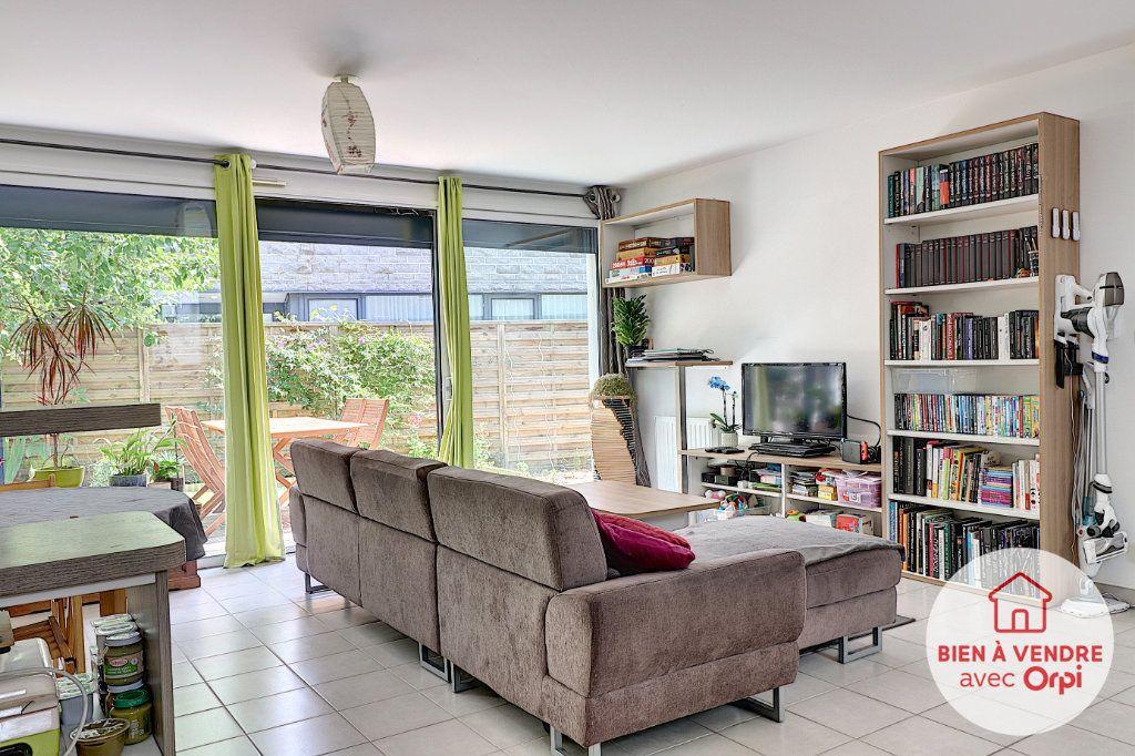 Appartement à vendre 3 70m2 à Nantes vignette-3