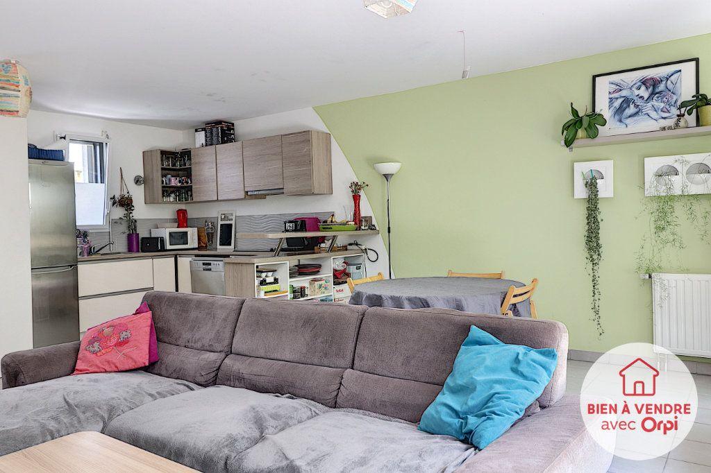 Appartement à vendre 3 70m2 à Nantes vignette-4