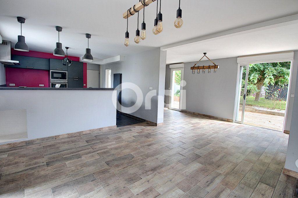 Maison à vendre 6 127m2 à Nantes vignette-1