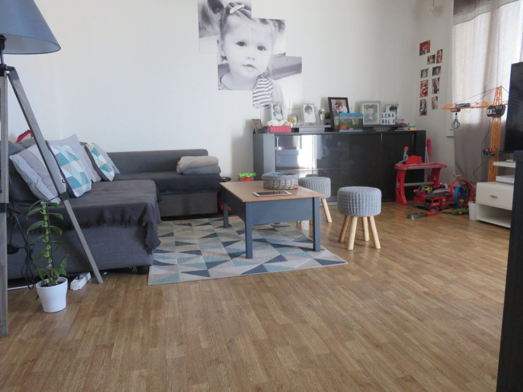 Appartement à vendre 4 64.69m2 à Draguignan vignette-1
