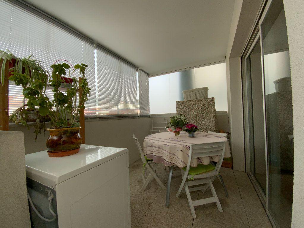 Appartement à vendre 2 38.8m2 à Draguignan vignette-4